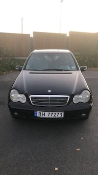 Mercedes C-klasse (superfin bil!)