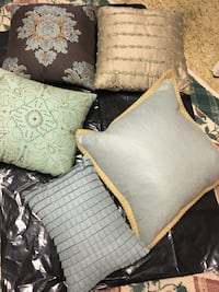 "16"" pillows $5 each Silver Spring, 20906"