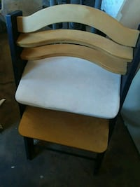 brown wooden framed white padded armchair Jefferson City, 65109