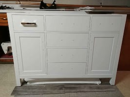 White Vanity With Mirror - BRAND NEW!