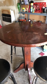 Bar table Mundelein, 60060