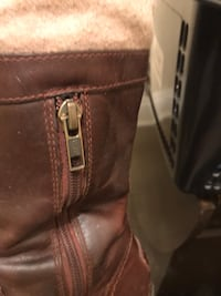 Women's knee high UGG with leather and material details Woodstock, N4T