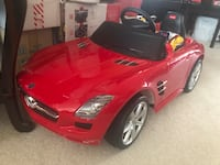 Electric Red Mercedes ride-on car Surrey, V4N 5H5