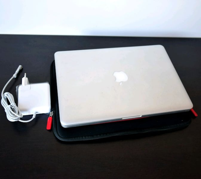 "MacBook Pro 13"" i5, SSD120GB + HD500GB. Bat. NUEVA 14b8072a-4eda-4345-8fec-f07b993e8515"