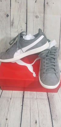 Gray and white leather/suede puma sneaker