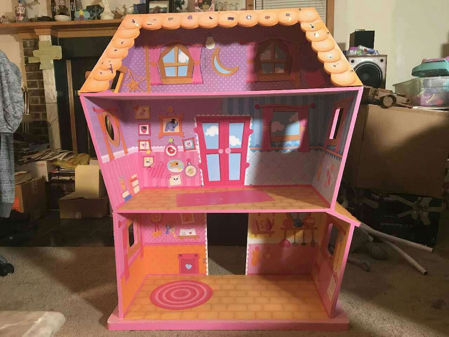 Used Lalaloopsy Sew Magical Doll House In Toms River