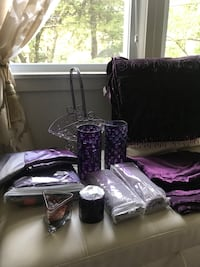 Purple drapes and accessories Clarksburg, 20871