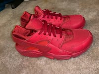 Red huaraches size 11 317 mi