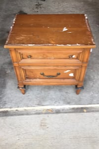 Set of  2 vintage Night Stands solid Hard Wood Triangle, 22172