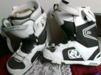 pair of white-and-black inline skates Vancouver, V6A 2R9