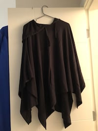 black long-sleeved cardigan Kelowna, V1W