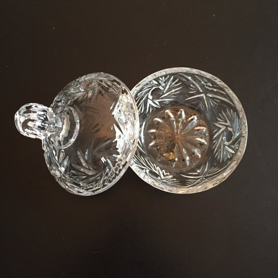 Glass Candy Dish with lid -Anchor Hocking