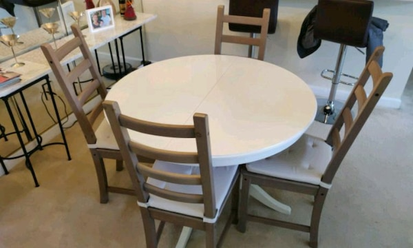 Dining table and four chairs - Ikea Ingatorp table
