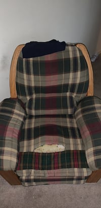 White, red, and green plaid fabric sofa chair  rocking chair Springfield, 22150
