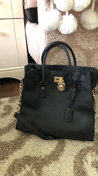 5767cce5dbfe Used Michael Kors bag for sale in New York. Next listing. Previous listing.  Sold. Michael Kors bag
