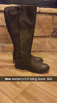 pair of women's size 6.5 brown leather side-zip wi CLOVIS