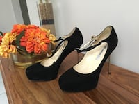 Brian Atwood shoes size 8.5 377 mi