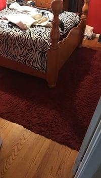 Beautiful red rug for sale!  Laurel, 20708