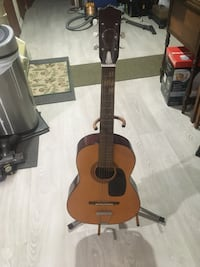 Beginners jr. acoustic guitar with stand - made in Japan Toronto, M1W 3H8