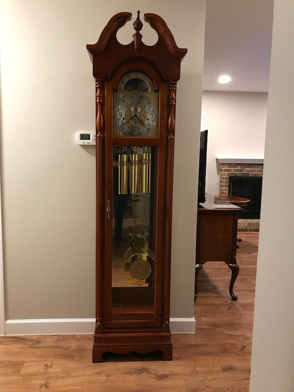 Ridgeway Grandfather Clock- Model 2083