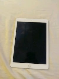iPad air 2 + case included Sayreville, 08872
