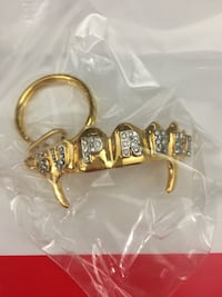 Supreme keychains  Mc Lean, 22102
