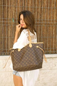 Lv bags Mississauga, L5W 1P1