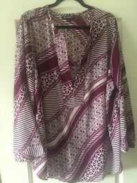 Purple and white print cardigan North Las Vegas, 89081