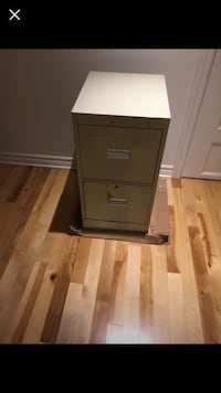 File cabinet with 2 drawers Dollard-des-Ormeaux, H9G 3A6