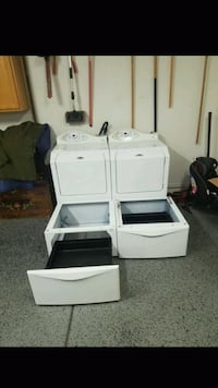 (Gas!) Like New! Maytag Washer Dryer w/Pedestals Tucson