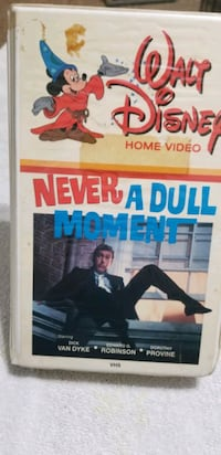 DISNEY NEVER A DULL MOMENT with DICK VAN DYKE 1989 Lynbrook, 11563
