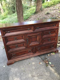 Brown wooden  chest Chevy Chase, 20815