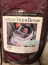JJ cole urban bundle me. Used a handful of times. Smoke and pet free home  Odenton, 21113