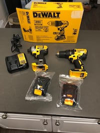 DeWalt cordless hand drill and impact driver with bag Anaheim, 92801