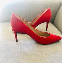 Italian Deep red Pumps fits size 10 Vancouver, V6B 0A2