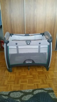 Graco pack & play Brampton, L6T 4N6
