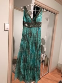 women's green and black floral sleeveless dress Vancouver, V6A