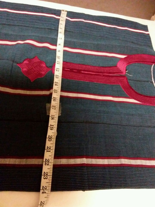 blue and red striped textile f1b93252-3bc5-44df-8819-b1cad47aee9e