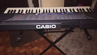 Casio organ and stand plays great!!
