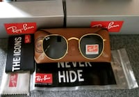 black framed Ray-Ban sunglasses with box Chelsea, 02150