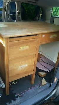 brown wooden single pedestal desk Ville de Québec, G2B 4N3