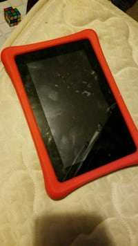 black tablet computer with red case Chehalis, 98532