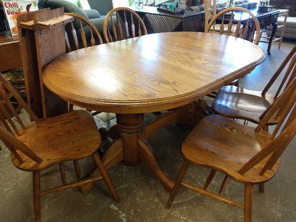 29962 Round or Oval Oak Dining Table Set with 2 Leafs 6 Kitchen Chairs