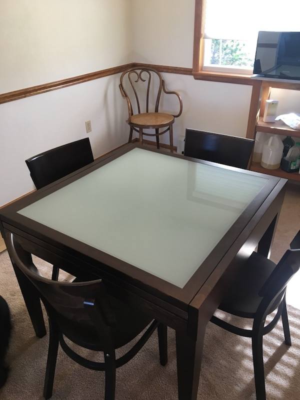 Used Design Within Reach Spanna Extending Dining Table 4 Chairs