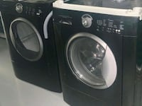 Frigidaire washer and dryer set