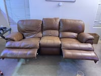 3 person couch with 2 recliners  Las Vegas, 89148