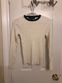 Forever 21 white knitted sweater 多伦多, M8Y 4H5