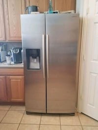 stainless steel side-by-side refrigerator with dispenser Dallas, 75230