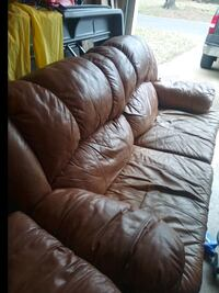 Leather couch and loveseat/table set