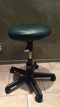 Green leather padded rolling chair Los Angeles, 90066